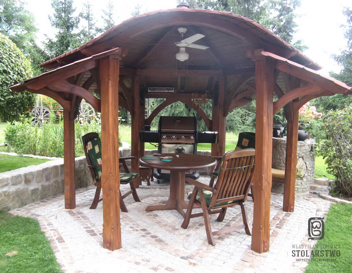 Meble Ogrodowe Drewniane Renowacja : Altana sosnowa z dachem dwuspadowym krytym gontem